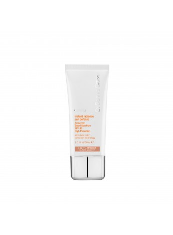 Instant Radiance Sun Defense Sunscreen Broad Spectrum SPF 40 Light Medium